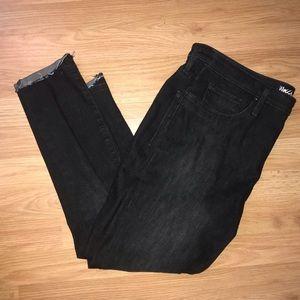 High Rise Jegging Crop Black Jeans